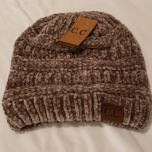 CC Chenille Ribbed Taupe Beanie.